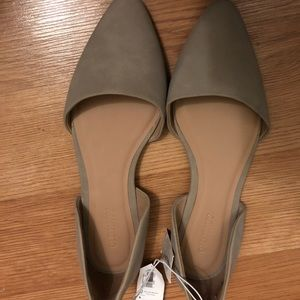 Old Navy D'orsay Flats size6 Brand New
